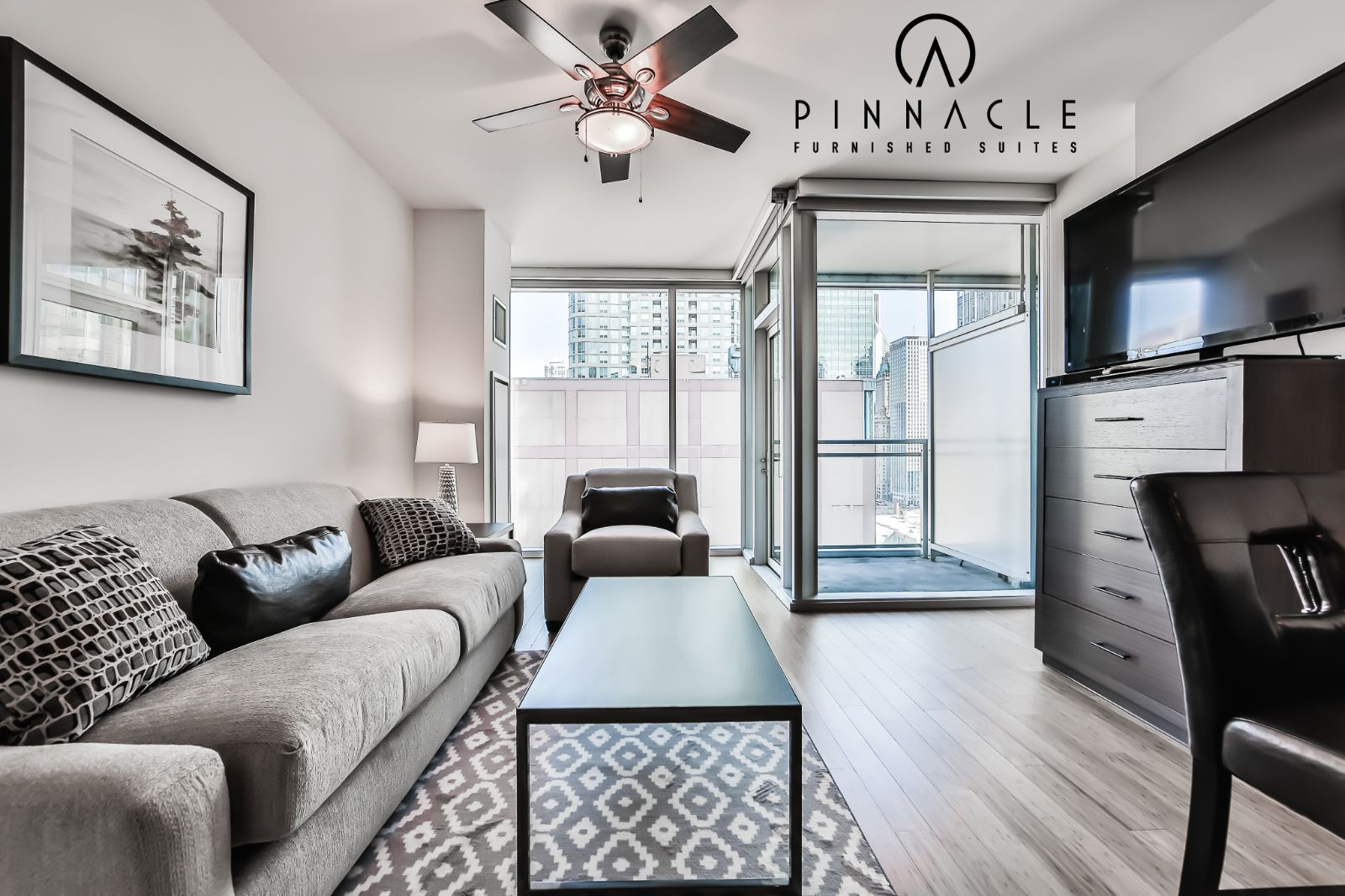 Env chicago alcove studio 07 pinnacle furnished suites for Alcove studio